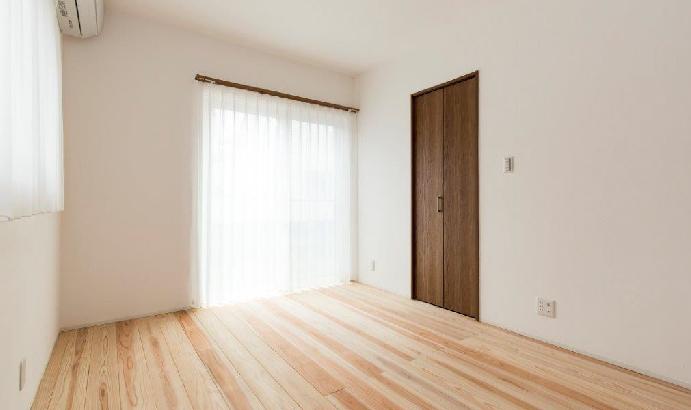 杉床材を使うと柔らかなイメージになります